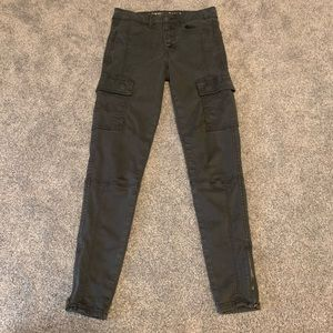 American Eagle Cargo Jeans